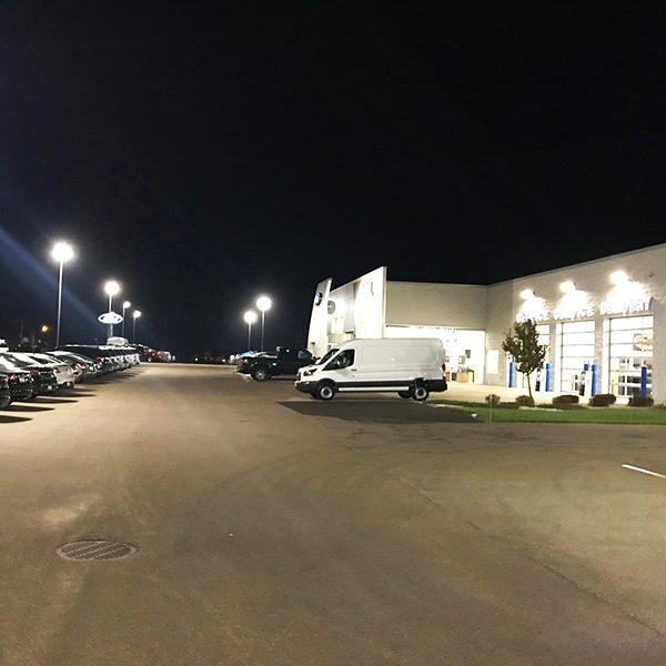 Bell Ford Dealership - Arlington, WI